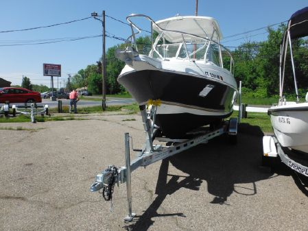Aquasport 225 Explorer image