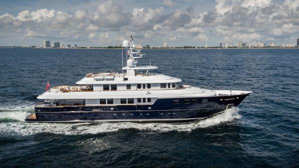 Kingship Marine Ltd. Motor Yacht