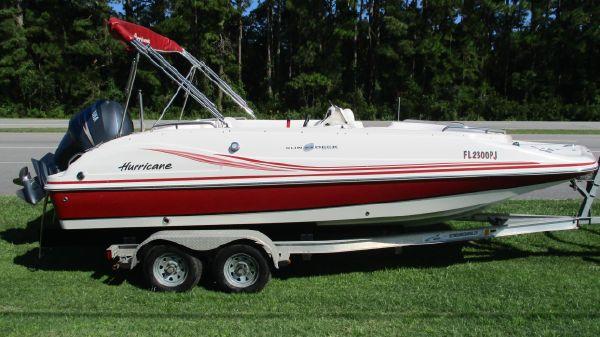 Hurricane 202 Sun Deck Sport