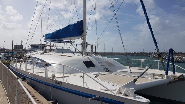 Catamaran Cruisers 57
