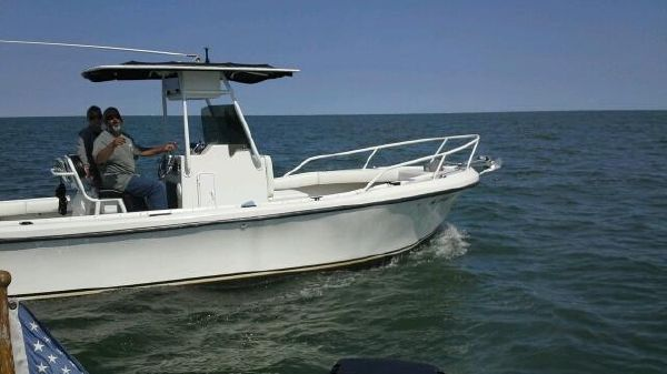 Dusky 23 center console