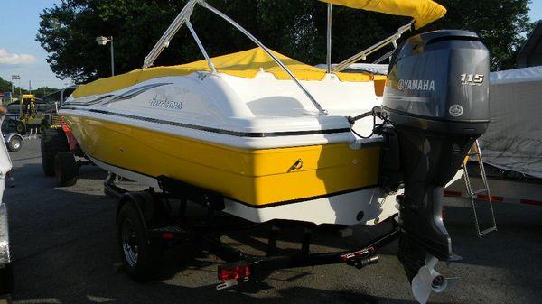 Hurricane SunDeck Sport 188 OB