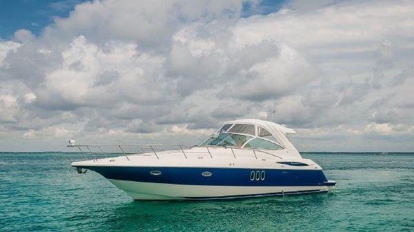 Cruisers 400 Express Port Profile