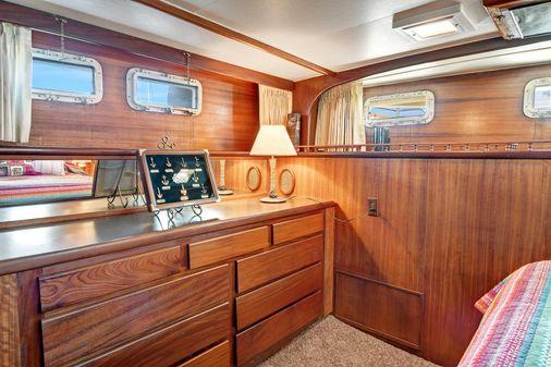 Hatteras Custom 61 - Former 53 image