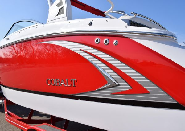 Cobalt R5 WSS Surf image