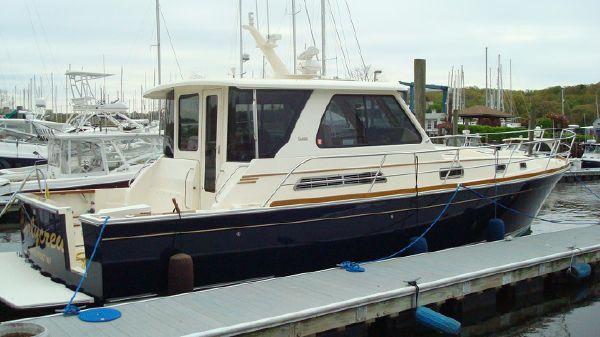 Sabre Yachts 42 Hardtop Express