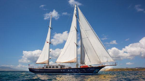 Custom Ada Yacht Works