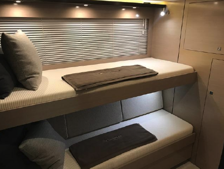 Cruisers Yachts 60 Cantius image