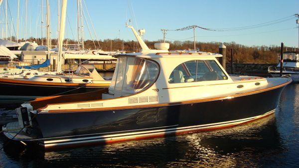 Hinckley Picnic Boat MKIII HAPPY HOURS
