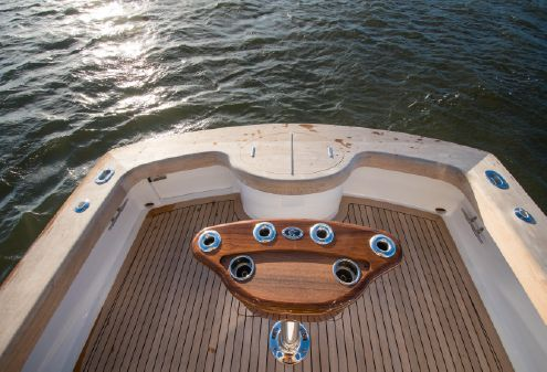 Winter Custom Yachts Custom Carolina 30 Express image