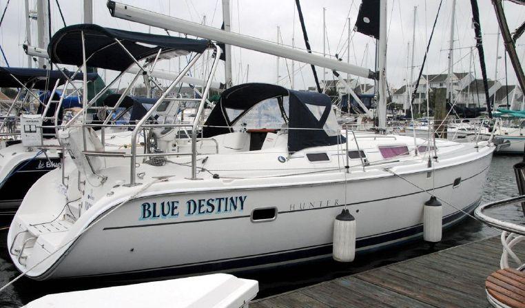2006 Hunter 36 Norfolk, Virginia - Riverside Marina & Yacht Sales