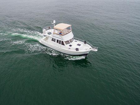 Mainship 350 Trawler image