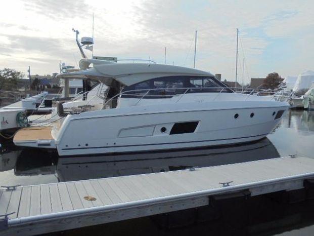 2016 Bavaria Yachts 420 Virtess Coupe