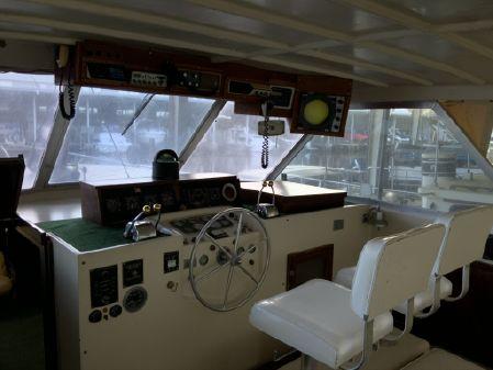 Hatteras 44 Triple Cabin image