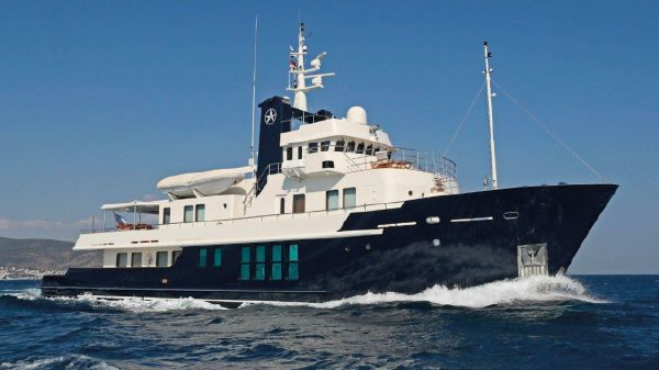 Vripack 121 Expedition Yacht