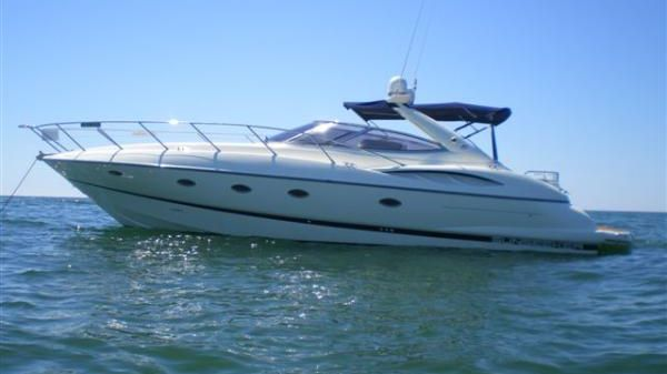 Sunseeker/Sea Ray (Compare to) 44 Camargue