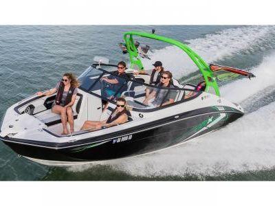 2018 Yamaha Boats<span>212X</span>
