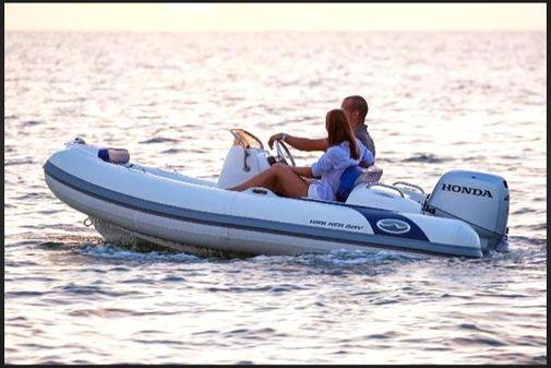 Walker Bay Generation 360 Blue image