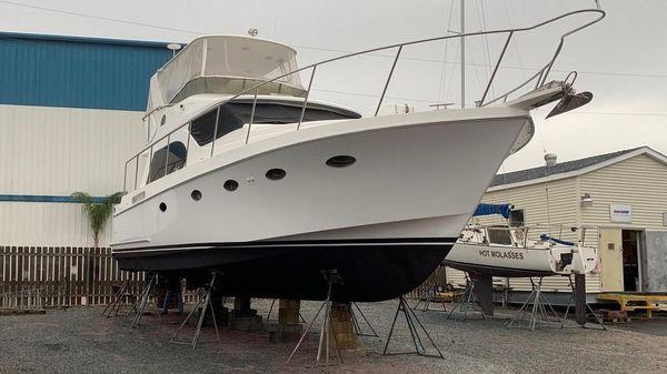 Ocean Alexander Altus 42