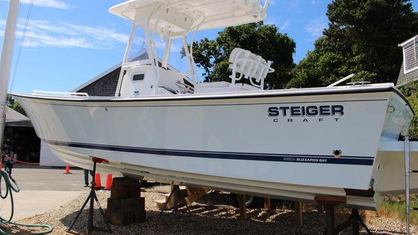 Steiger Craft 255 Deep-V Center Console