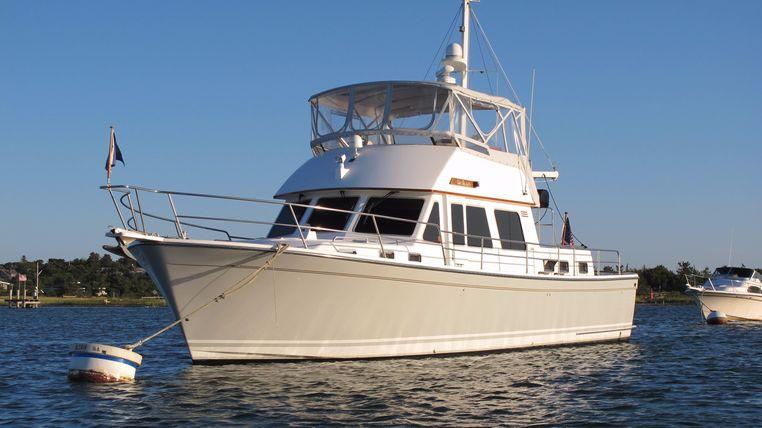 2003 Sabreline 47 Motor Yacht