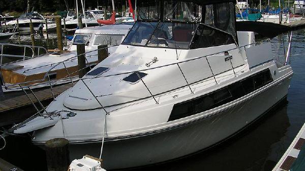 Carver 32 Mariner