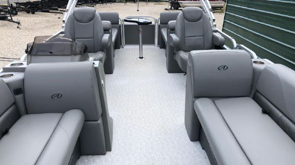 Avalon Venture Quad Lounger - 20'