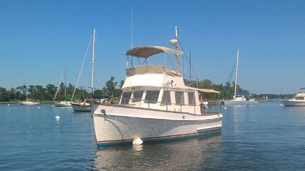 Used Grand Banks 32 Trawler Power Brokerage - Prestige Yacht