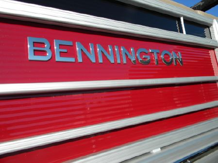 Bennington 23RSB image