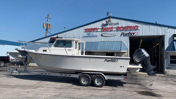 Parker 2320 SL Sport Cabin