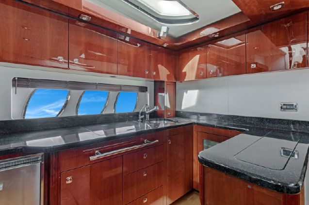Sea Ray 580 Sundancer image