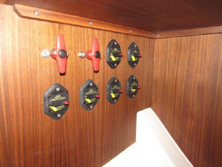 J Boats 112e image