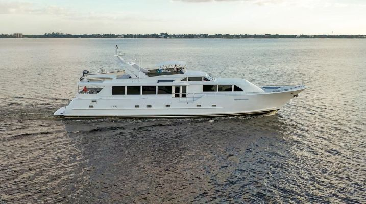 Broward 100 Motor Yacht - main image