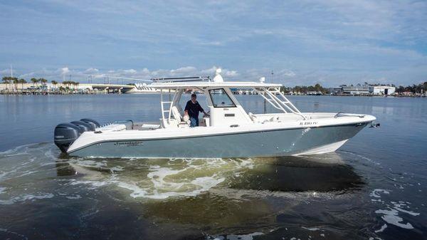 Everglades 355 CCX