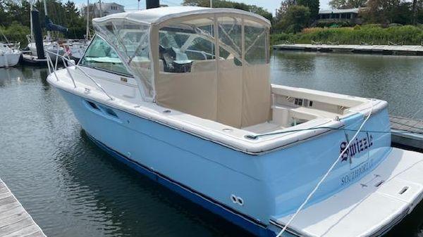 Tiara Yachts Coronet 2900