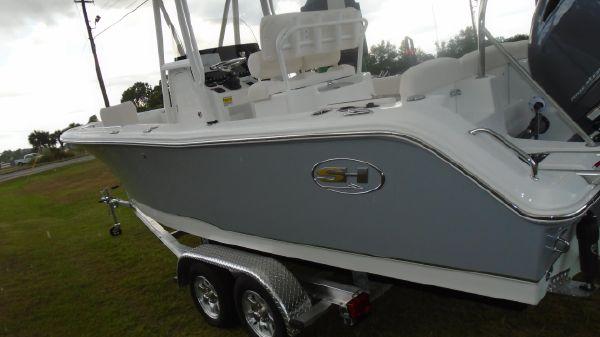 Sea Hunt 229 ULTRA