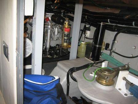 Sunseeker 90 Yacht image