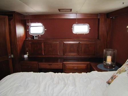 Ocean Alexander AFT Cabin image