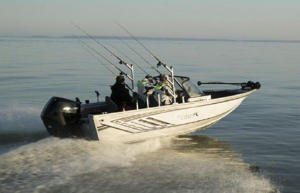 2021 Smoker Craft 182 Pro Angler XL