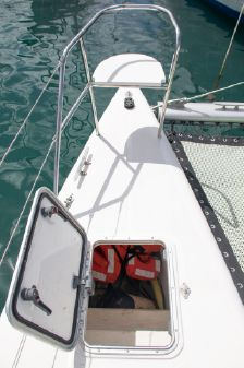 Admiral 40 image