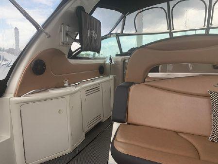 Sea Ray 410 Express Cruiser image