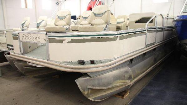 Fisher 220 DLX FISH