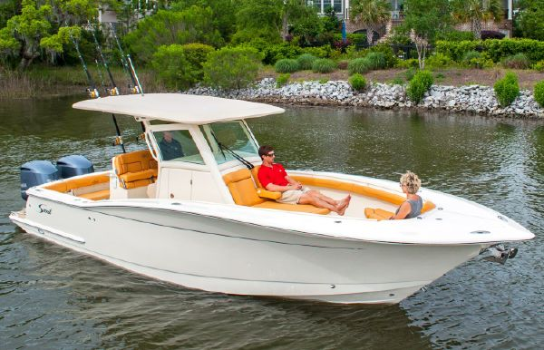 2018 Scout Boats 300 LXF
