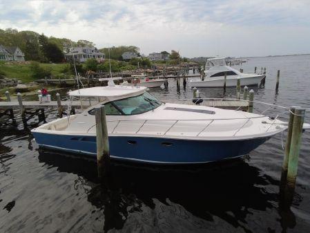 Tiara Yachts 4300 Open image