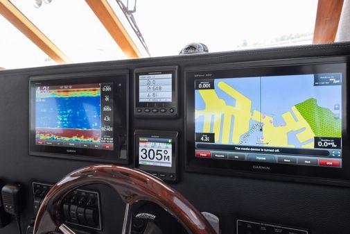 Cutwater 30 CB image