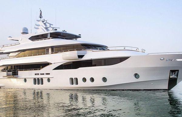 2018 Majesty Yachts Majesty 155