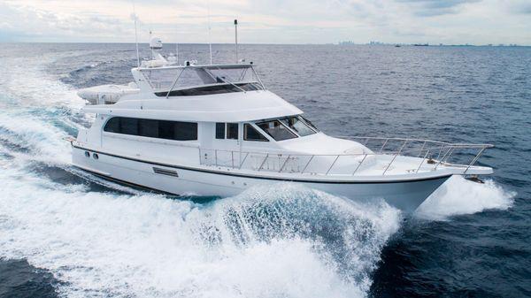 Hatteras Sport Deck Motor Yacht