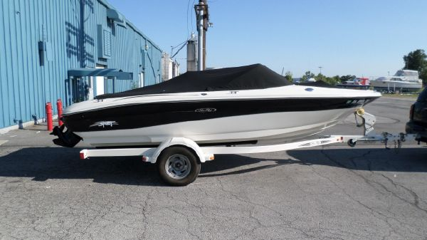 Sea Ray 185 Sport Bow Rider