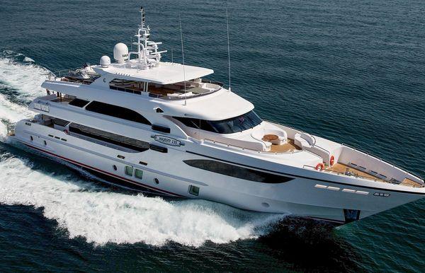 2018 Majesty Yachts Majesty 135