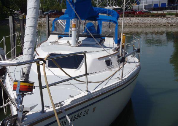 Catalina 28 image